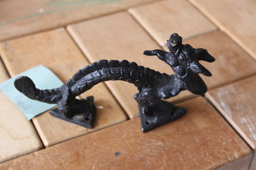 Dragonhandle